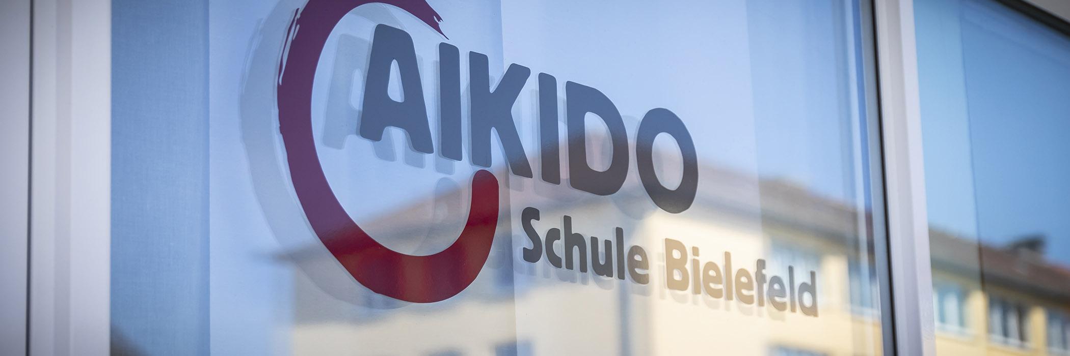 http://www.aikido-schule-bielefeld.de/wp-content/uploads/2018/12/dojoslider02.jpg