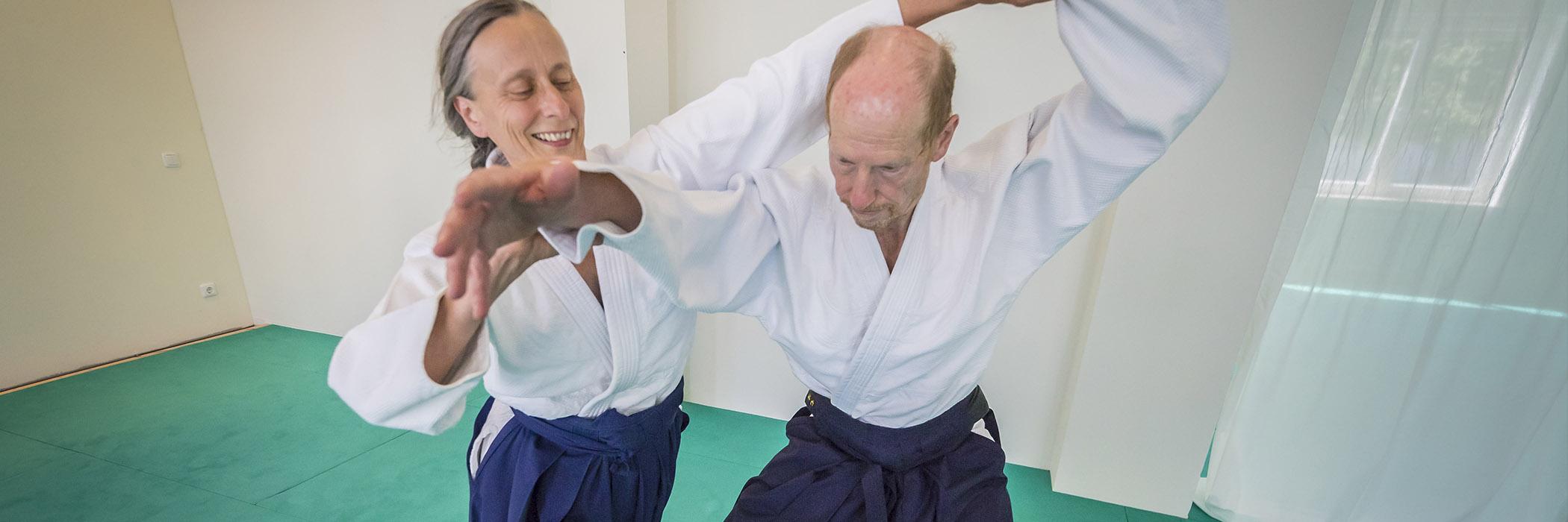 http://www.aikido-schule-bielefeld.de/wp-content/uploads/2018/12/dojoslider13.jpg