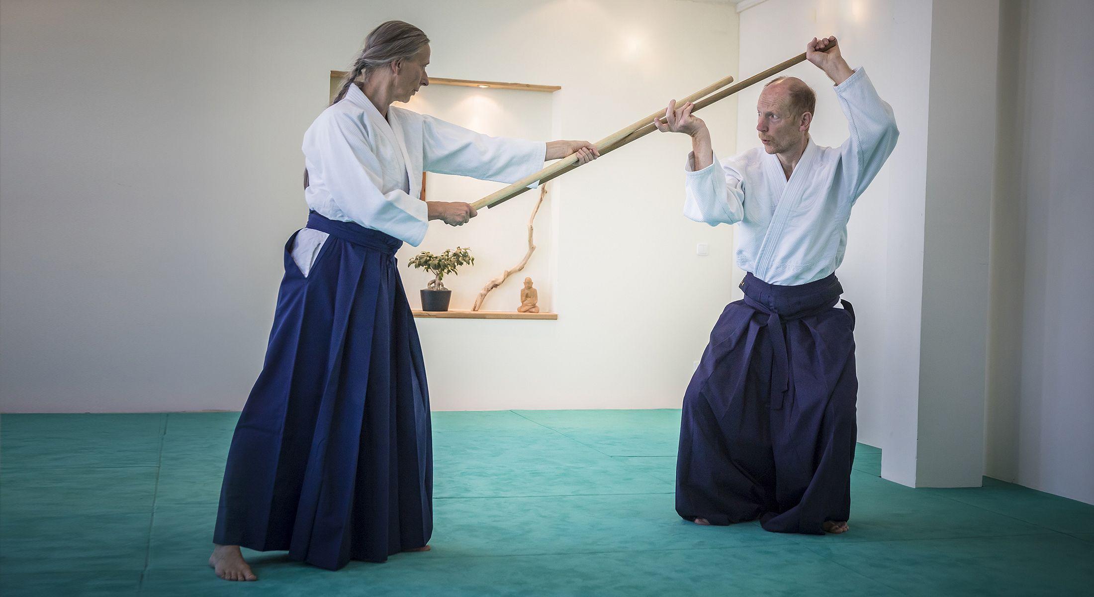http://www.aikido-schule-bielefeld.de/wp-content/uploads/2018/12/slider08_1.jpg